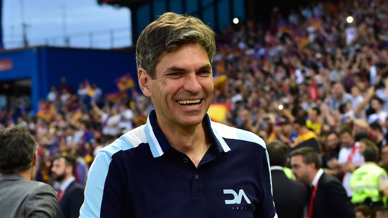 Southampton manager Mauricio Pellegrino has made his first signing since taking over at St Mary's