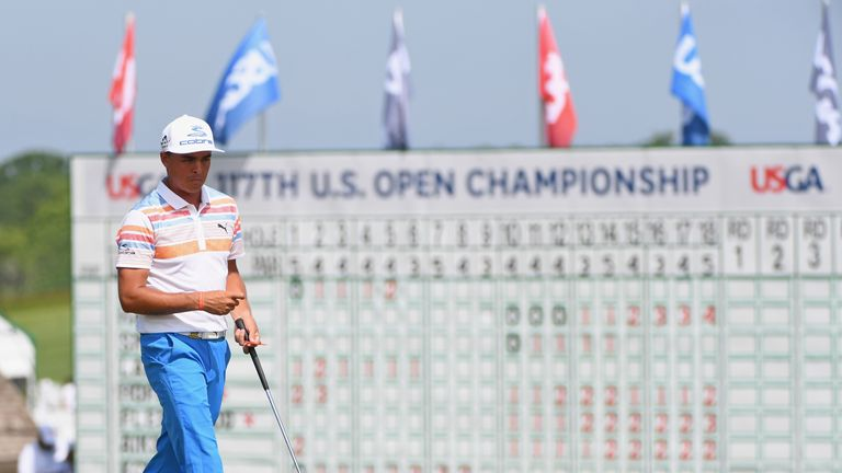 Fowler carded seven birdies during a bogey-free start