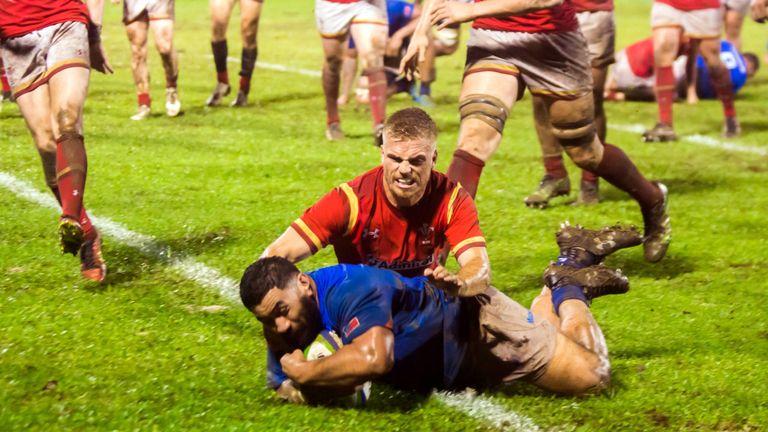 Manu Leiataua scores Samoa's second try