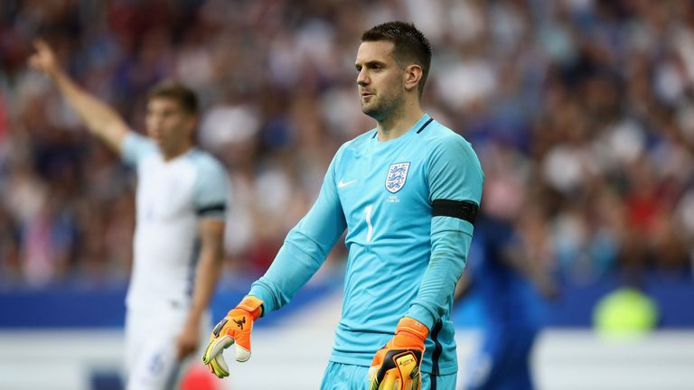 Burnley goalkeeper Tom Heaton has been included in the latest England squad