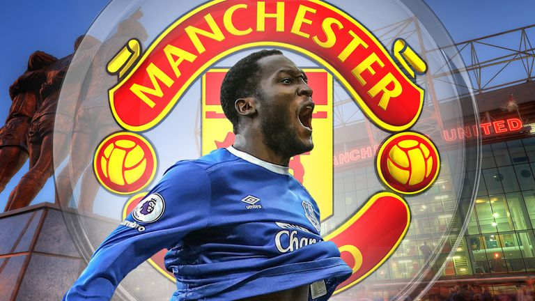 Everton striker Romelu Lukaku is on the verge of a transfer to Manchester United