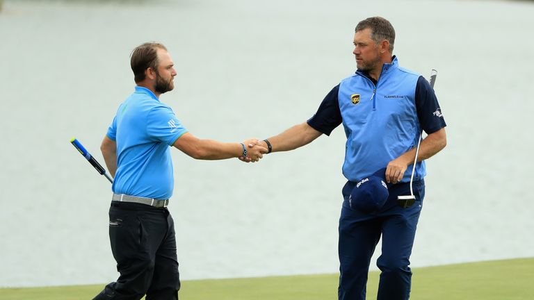 Andy Sullivan and Tommy Fleetwood one off lead at Open de France
