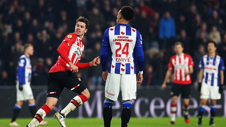 PSV midfielder Marco van Ginkel celebrates his winner against AZ Alkmaar