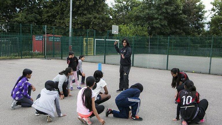 Research indicates lack of coaching opportunities for young Asian girls