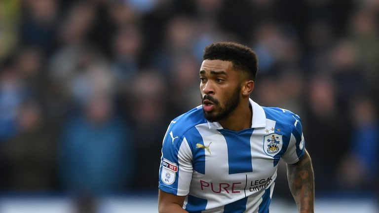Tareiq Holmes-Dennis joins Portsmouth on a season-long loan