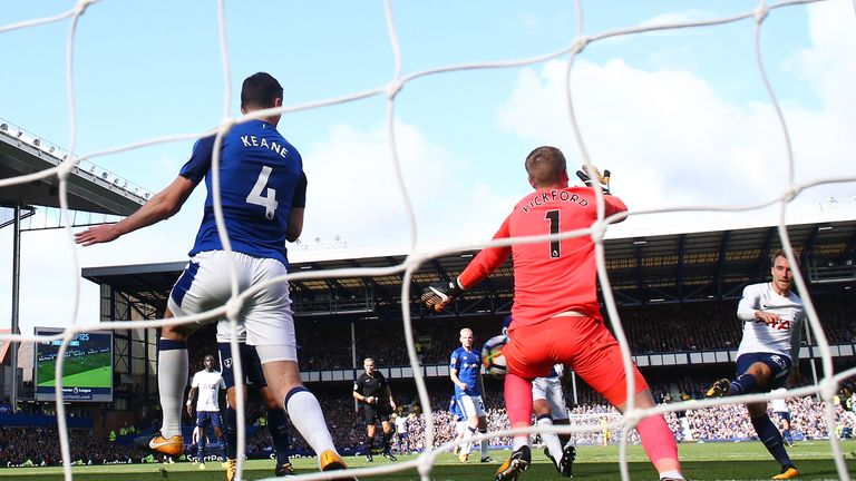 Everton will be hoping to recover from their 3-0 defeat to Tottenham on Saturday with a win in Europe