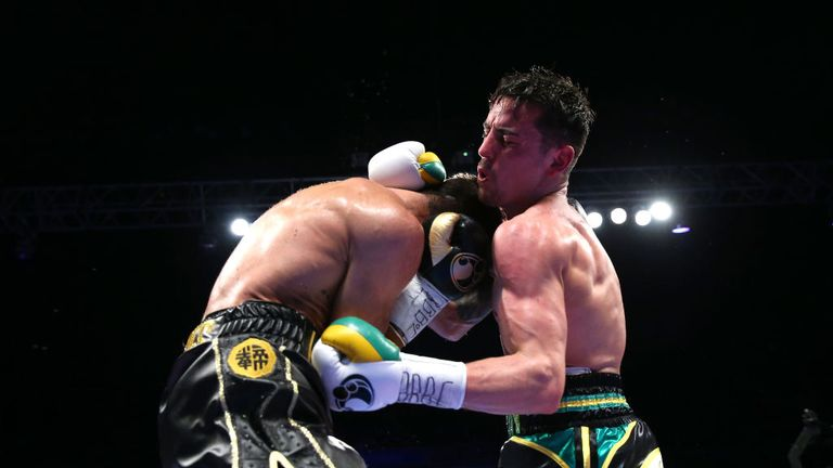 Roughing up and getting close to Linares was something Crolla tried in both bouts