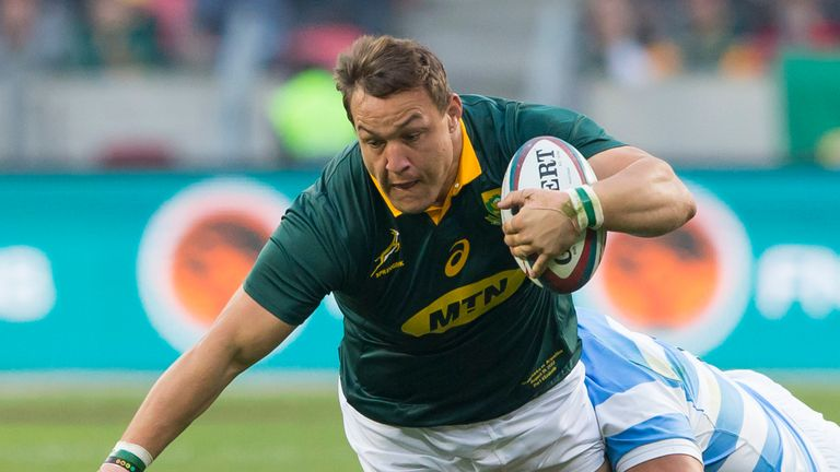 Coenie Oosthuizen starts at tighthead prop for the Springboks