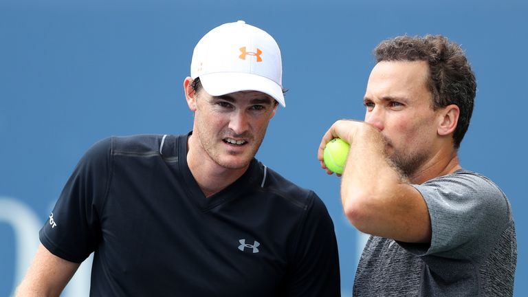 Jamie Murray of Great Britain and Bruno Soares of Brazil
