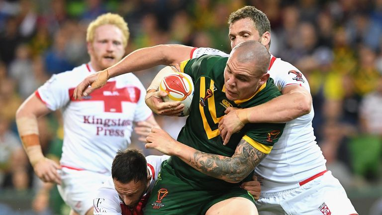 Australia beat England 18-4 in the opening game of the tournament