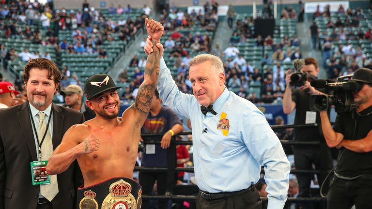 Abner Mares retained his WBA 'regular' title