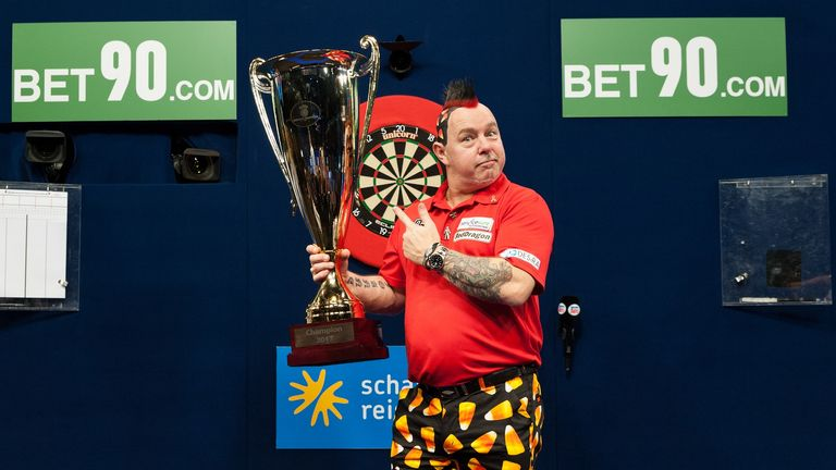 Peter Wright won the German Darts Masters