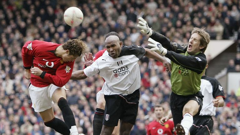 Hayles in action for Fulham against Manchester United in 2004