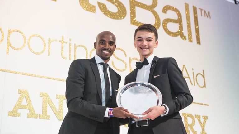 SportsAid's alumni includes Mo Farah, seen here presenting triathlete Alex Yee with the One-to-Watch Award in 2016