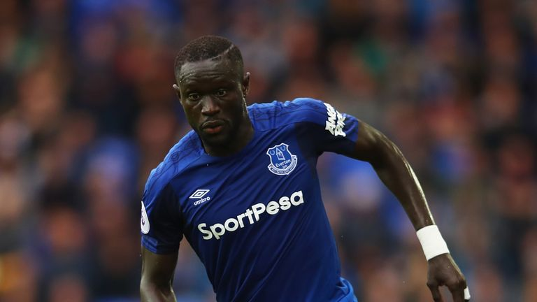 Everton's Oumar Niasse became the first Premier League player to fall foul of the new rules on simulation