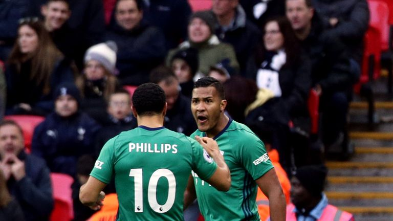 Salomon Rondon scored West Brom's early goal at Wembley