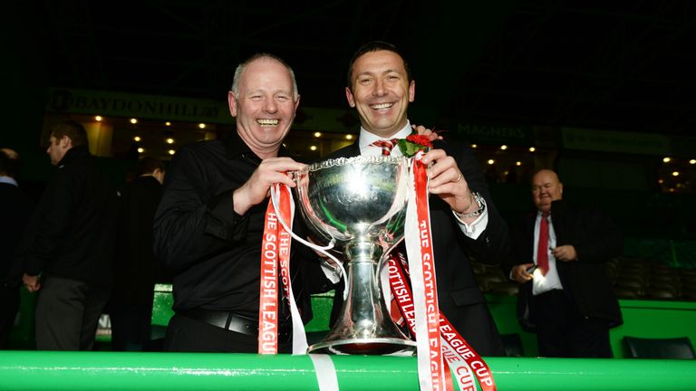 Aberdeen chairman Stewart Milne (left) and McInnes savour League Cup success in 2014