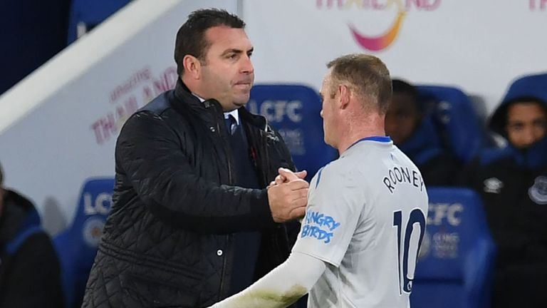 David Unsworth (L) wants the likes of Wayne Rooney to help spark a revival