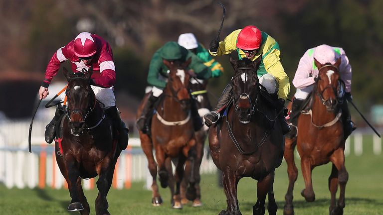 Apple's Jade ridden by Davy Russell (left) masters Supasundae