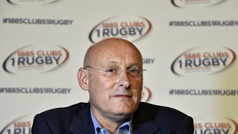 French rugby clubs vote against foreign coach for national team