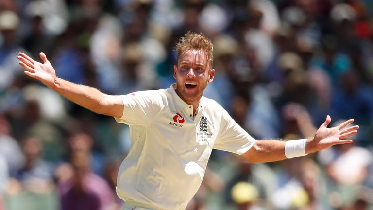 Broad returned to form with four wickets at the MCG
