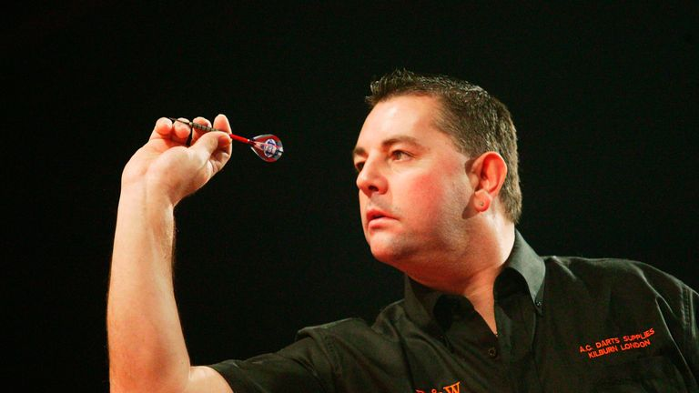 Peter Evison inflicted Taylor's heaviest-ever World Matchplay defeat en route to glory in 1996