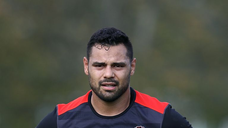 Centre Ben Te'o has been dropped to the bench, with Jonathan Joseph named to start