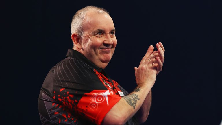 Phil 'The Power' Taylor to swap darts for a pool cue at the Ultimate Pool