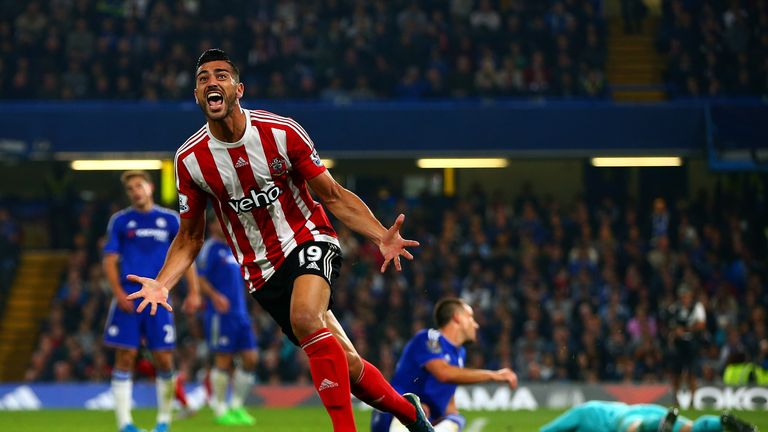 West Ham are in talks to sign former Southampton striker Graziano Pelle