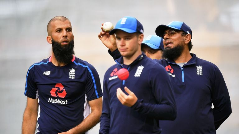 Mason Crane (right) will make his England Test debut in Sydney