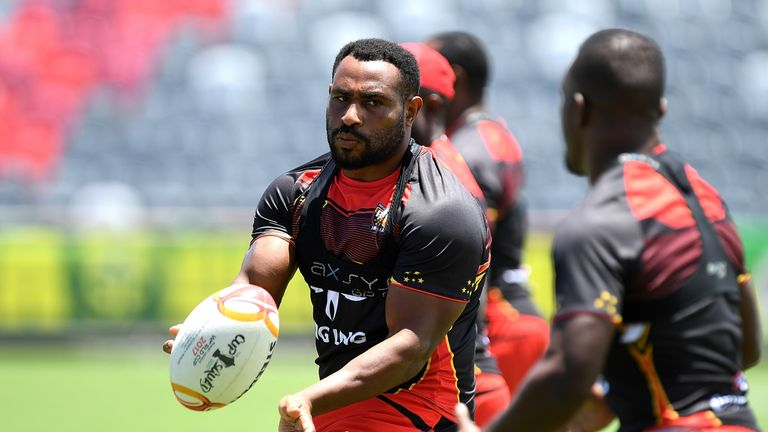 Stanton Albert has joined Widnes from  PNG Hunters