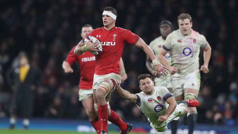 Wales beat 23 defenders to England's 18 at Twickenham Stadium