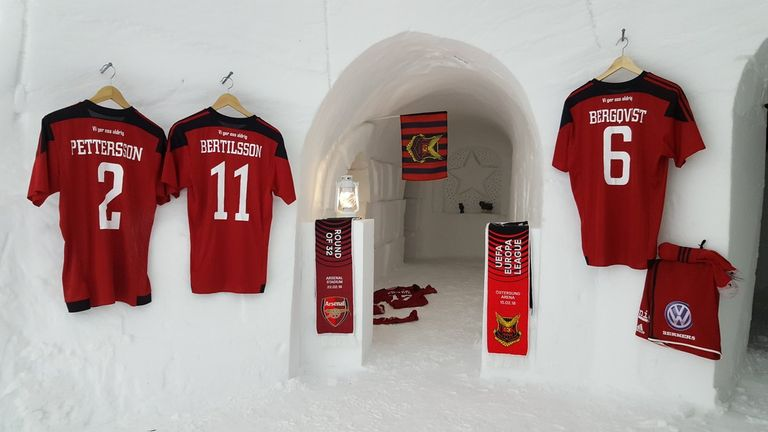 Ostersunds FK mocked up an igloo dressing room to welcome Arsenal