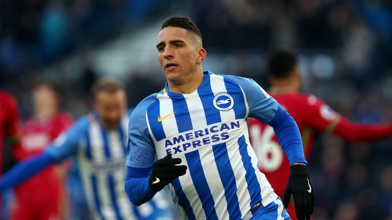 Should Jahanbakhsh replace Anthony Knockaert in Brighton's starting XI?
