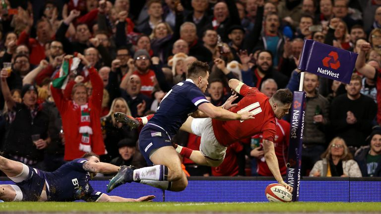 Wales' Steff Evans scores his side's fourth try
