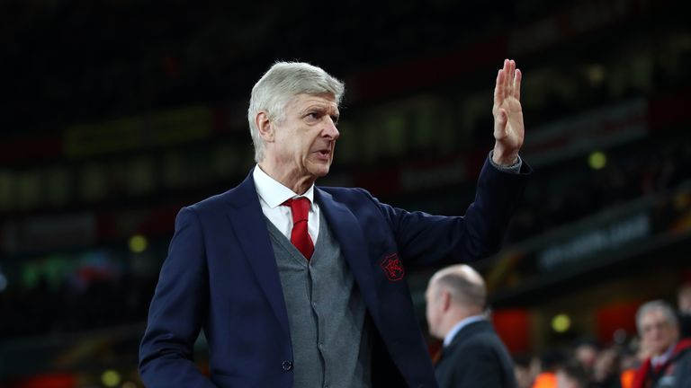 Arsene Wenger thinks Atletico Madrid are the favourites to win the Europa League