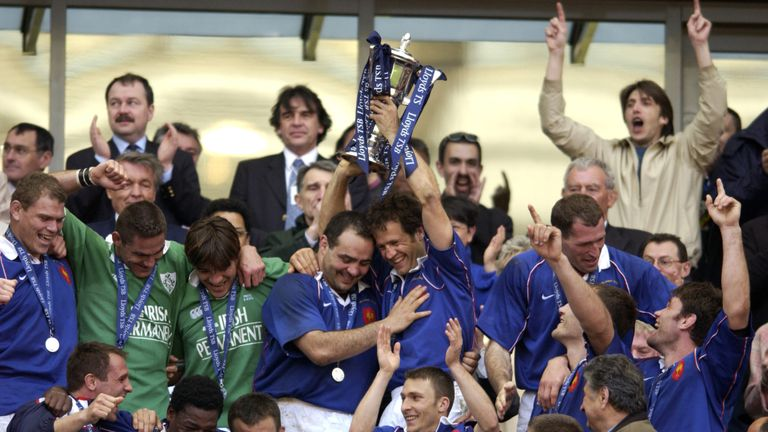 Fabien Galthié lifts the Six Nations Trophy in 2002