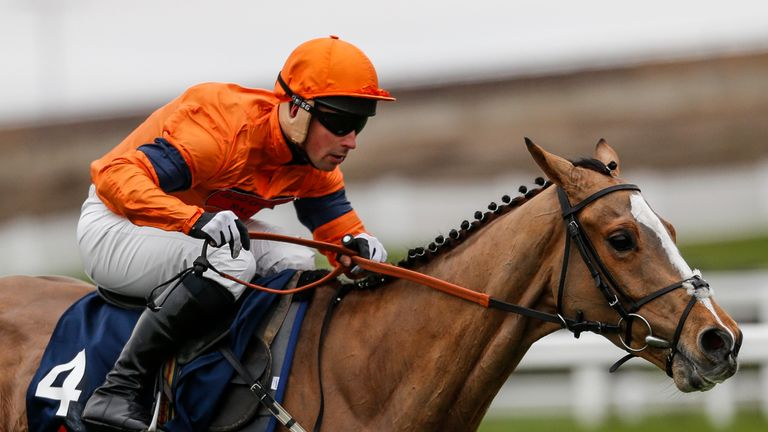 Joe Colliver riding Sam Spinner clear to win at Ascot
