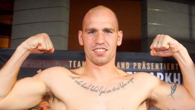 Stephen Simmons challenges Matty Askin for the British title this Saturday
