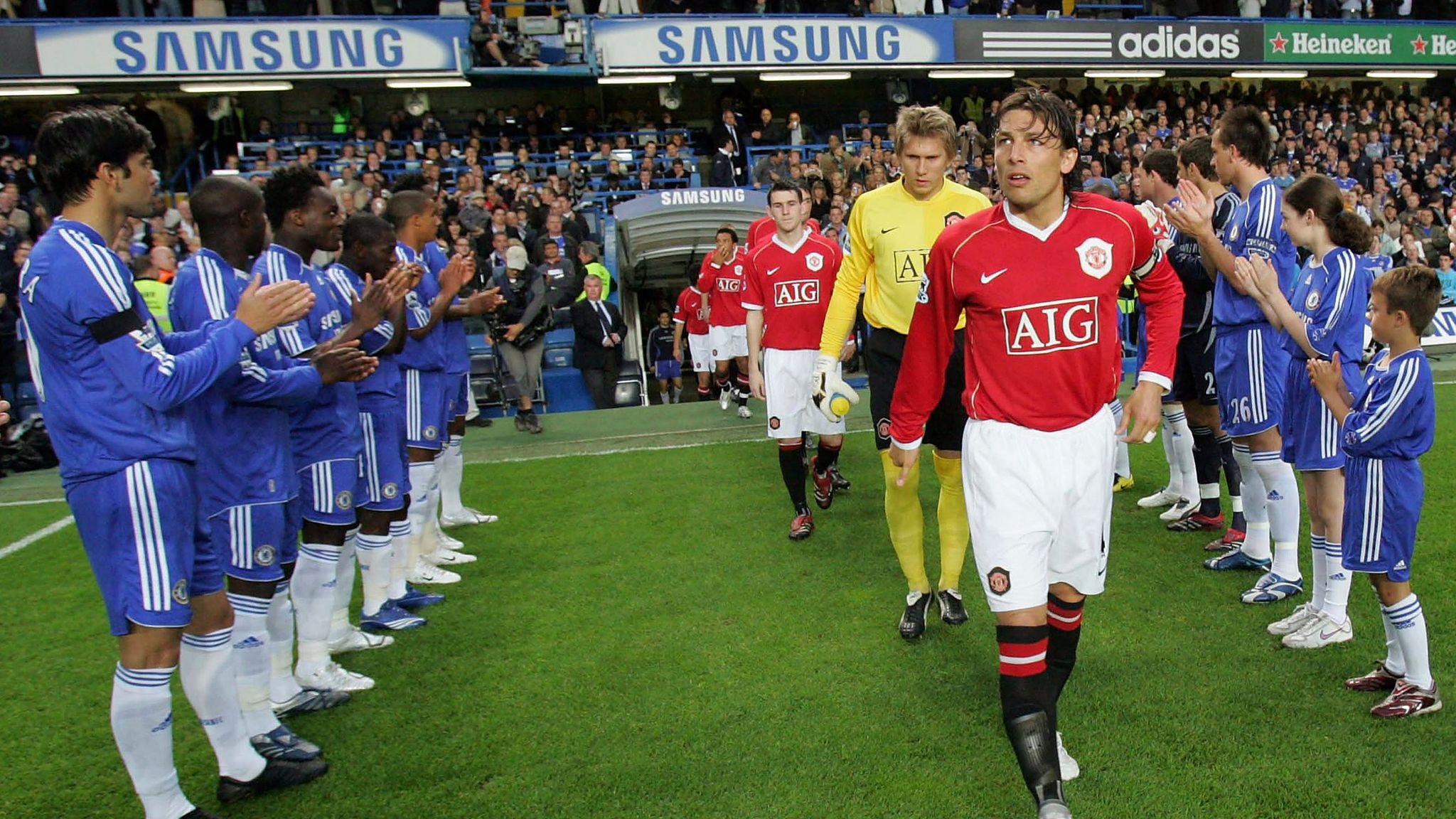What is a guard of honour? Is it compulsory? Who has had one ...