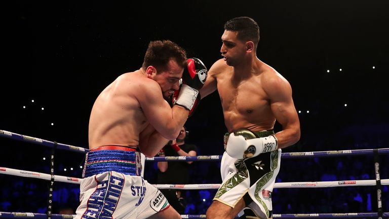 Lo Greco could not cope with Khan's dazzling speed