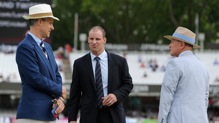 Ed Smith (L) looks set to join up with his old Middlesex teammate Andrew Strauss (R) with England