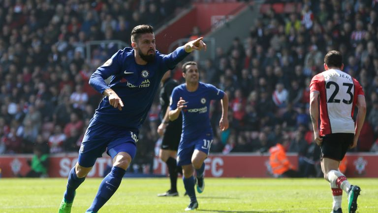 Oliver Giroud scored twice to help Chelsea overturn a two-goal deficit and claim a 3-2 win at Southampton