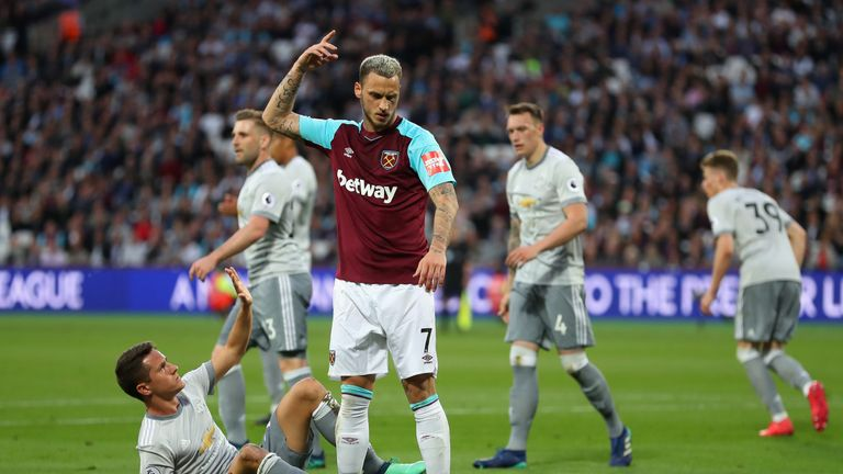 Marko Arnautovic missed a late chance for the Hammers
