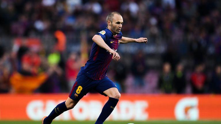 Andres Iniesta started as Barcelona beat Villarreal