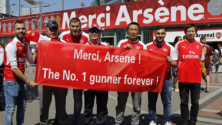 Arsenal fans with tickets got a complimentary 'Merci Arsene' commemorative shirt