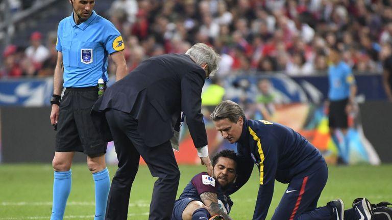 Dani Alves injured his anterior cruciate ligament on Tuesday