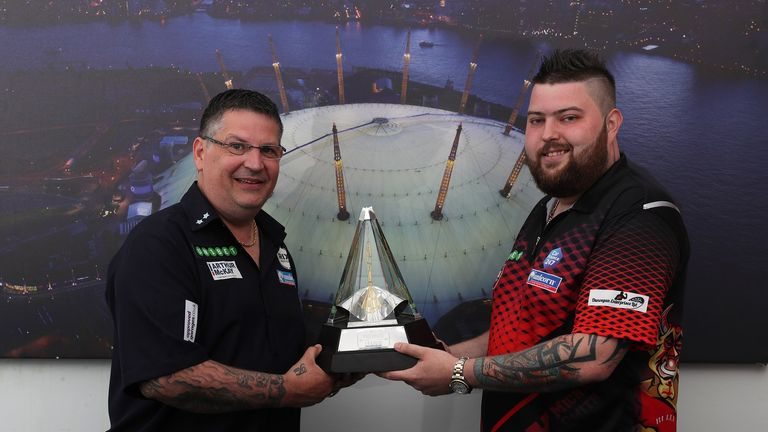 Anderson will meet good friend Michael Smith in Thursday's second semi-final knowing if he wins, he will have Bully Boy's support