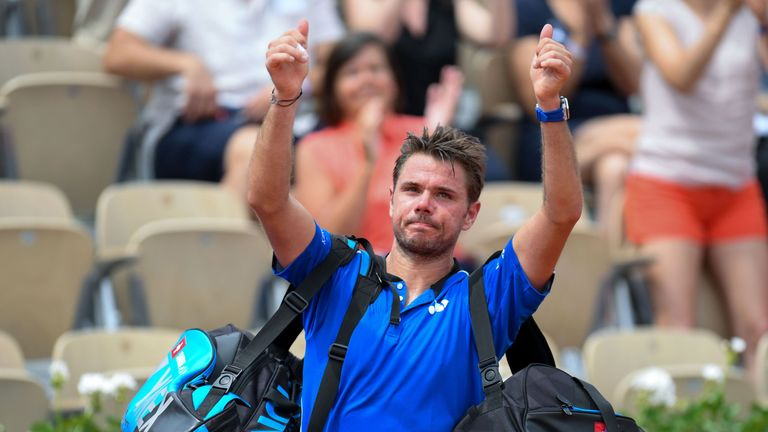 Stan Wawrinka acknowledges the Roland Garros crowd after his first-round exit