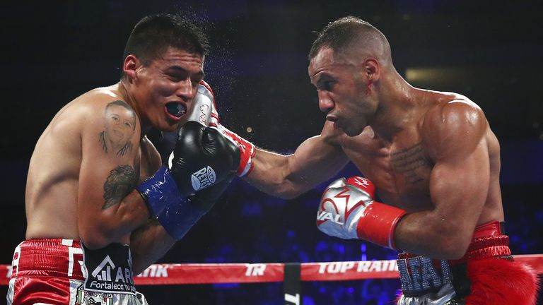 Kal Yafai announced himself to America in style (Mikey Williams)